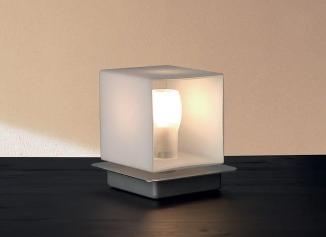 lampe de chevet en verre souffl cube lampe de table. Black Bedroom Furniture Sets. Home Design Ideas