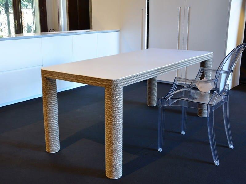 Mesa de comedor de papel kraft pole by staygreen diseño ...