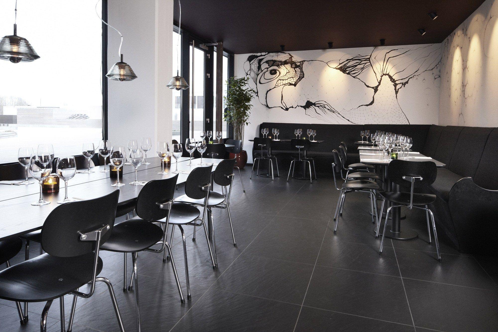 se 68 chair by wilde spieth designm bel design egon eiermann. Black Bedroom Furniture Sets. Home Design Ideas