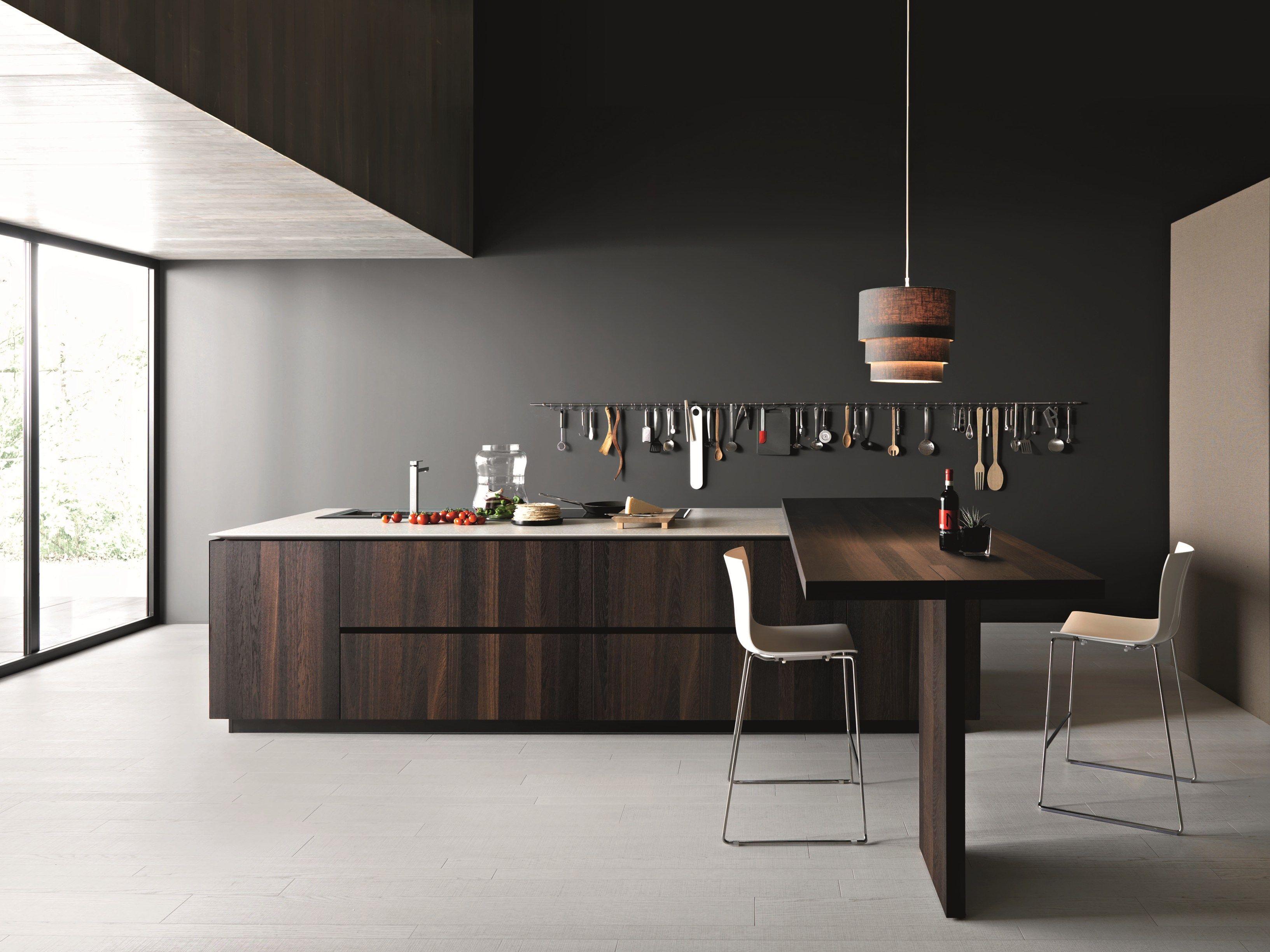 Cucina in legno con isola elle composizione 2 by cesar for Cesar arredamenti