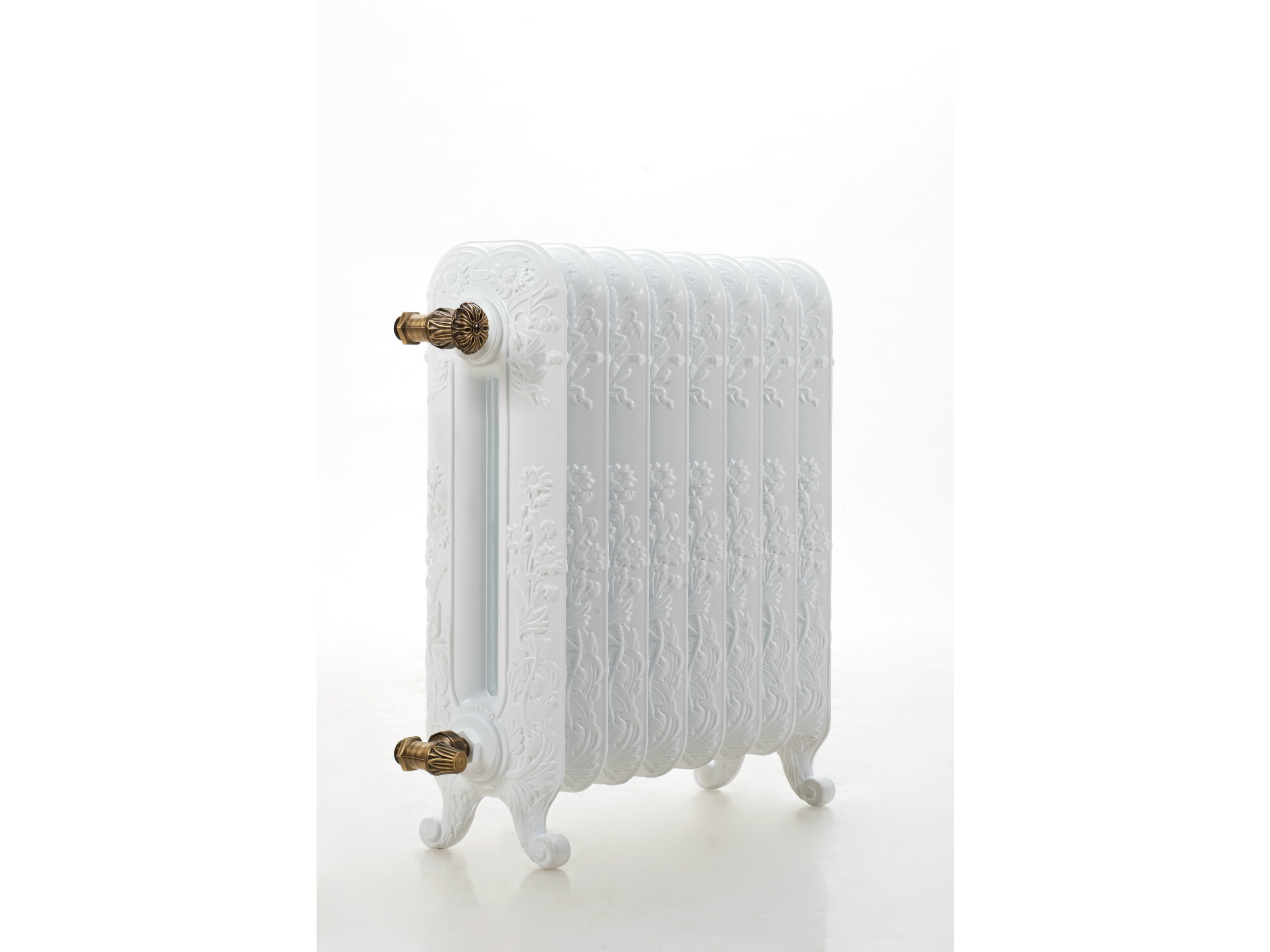 Radiateur d coratif poser au sol en fonte rose by cinier for Radiateur contemporain