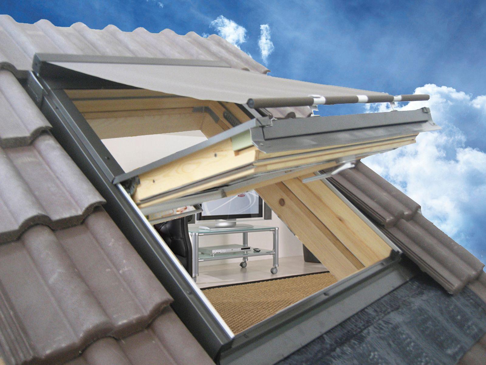 Tenda per finestre da tetto in tessuto per esterni tenda for Finestre per tetto