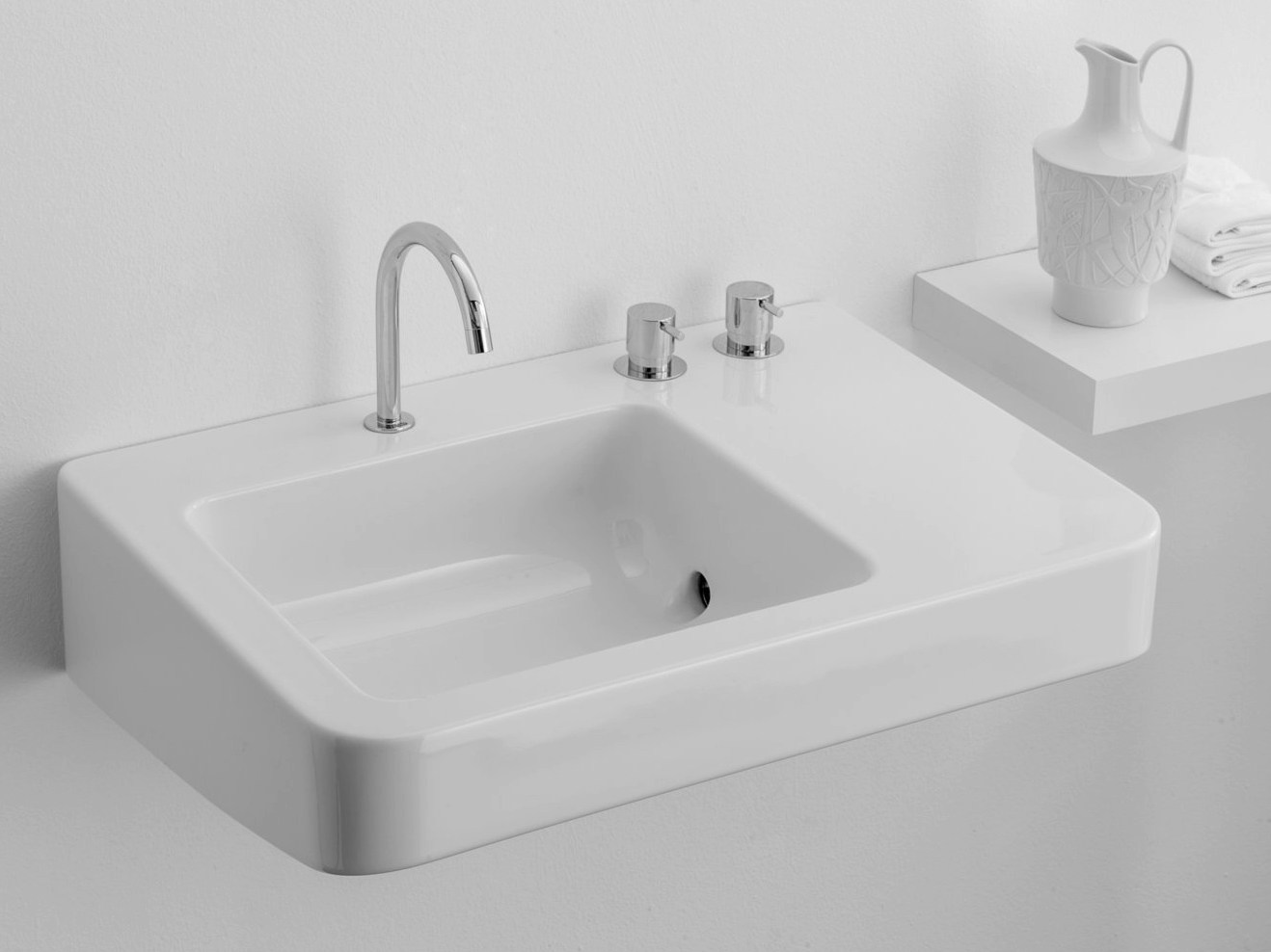 lavabo rectangulaire simple montecatini by rapsel design gio ponti. Black Bedroom Furniture Sets. Home Design Ideas