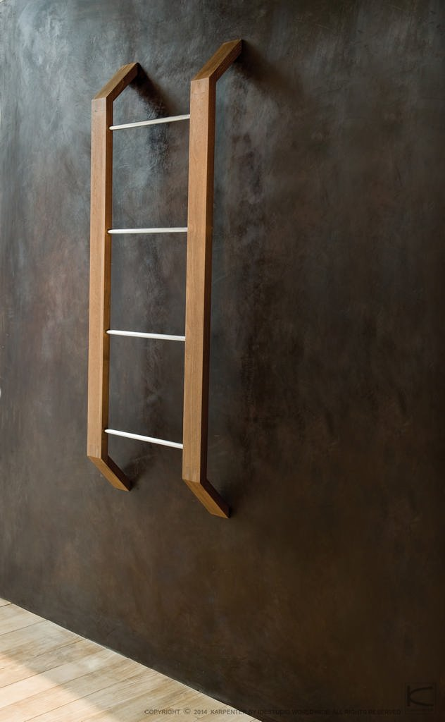 towel racks porte serviettes by karpenter design hugues revuelta. Black Bedroom Furniture Sets. Home Design Ideas