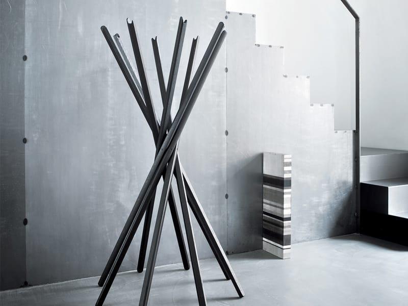 Appendiabiti sciangai by zanotta design jonathan de pas for Garderobe 3d dwg