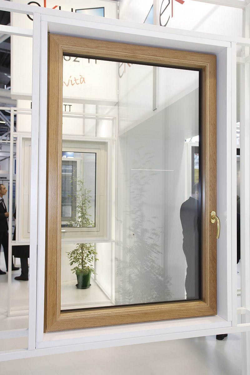 Finestra a taglio termico in alluminio e legno eku - Aeratore termico per finestra ...