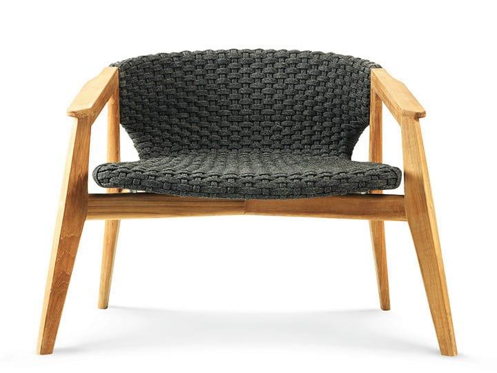 Fauteuil de jardin en teck avec accoudoirs collection knit by ethimo design patrick norguet for Fauteuil de jardin en teck
