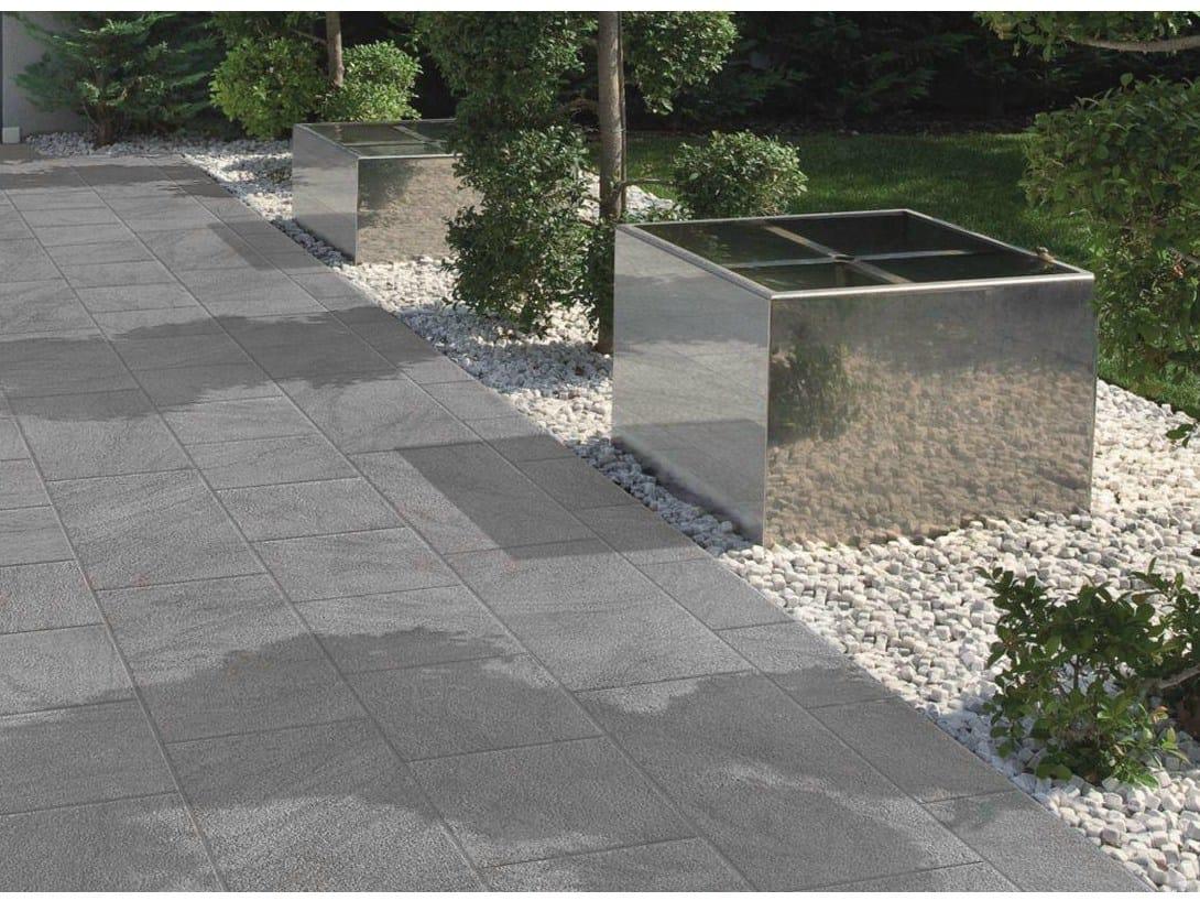 Pavimento per esterni in gres porcellanato effetto pietra for Pavimento effetto pietra