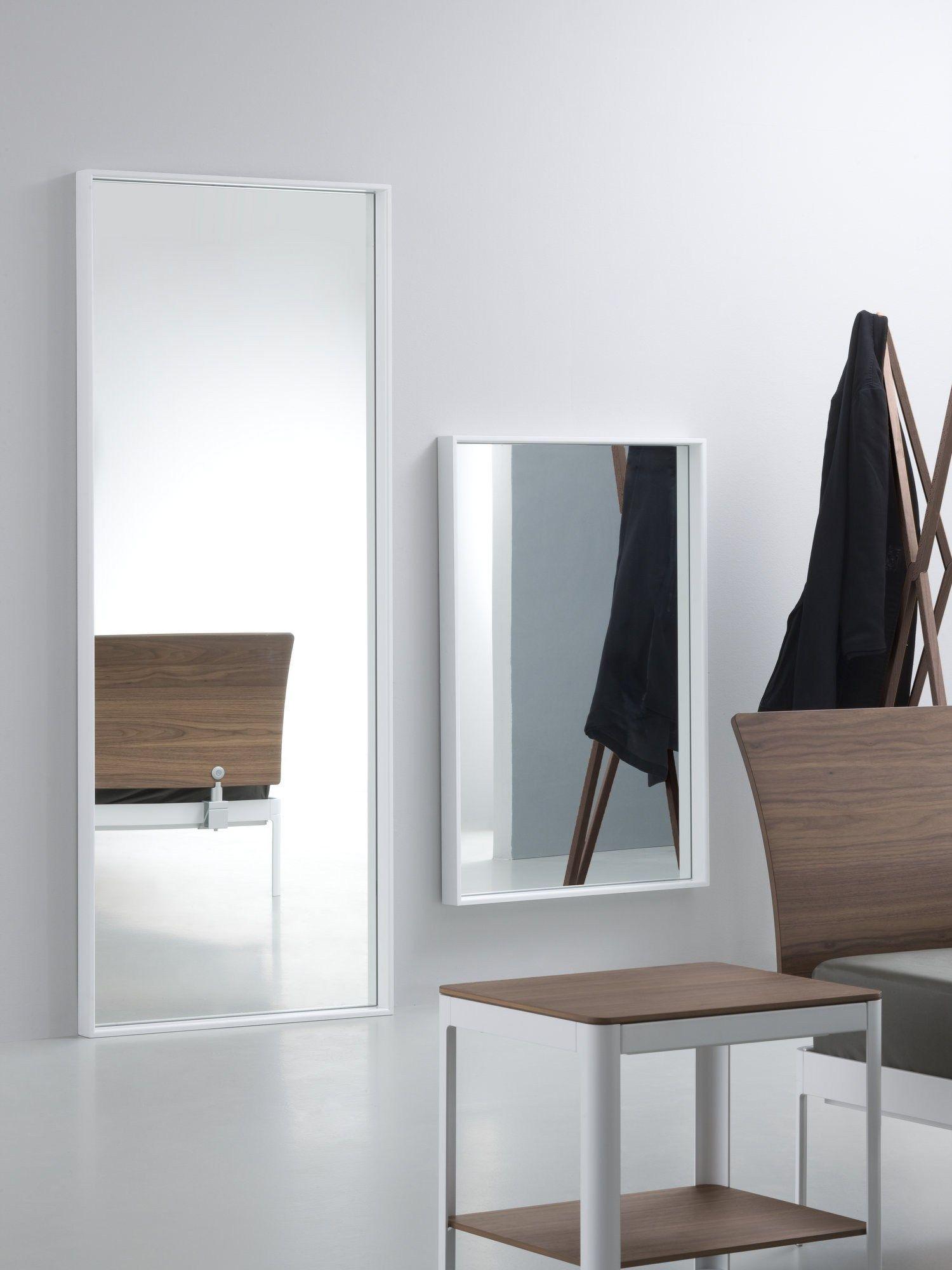 Specchio rettangolare a parete con cornice plane for me by - Specchio a parete ...