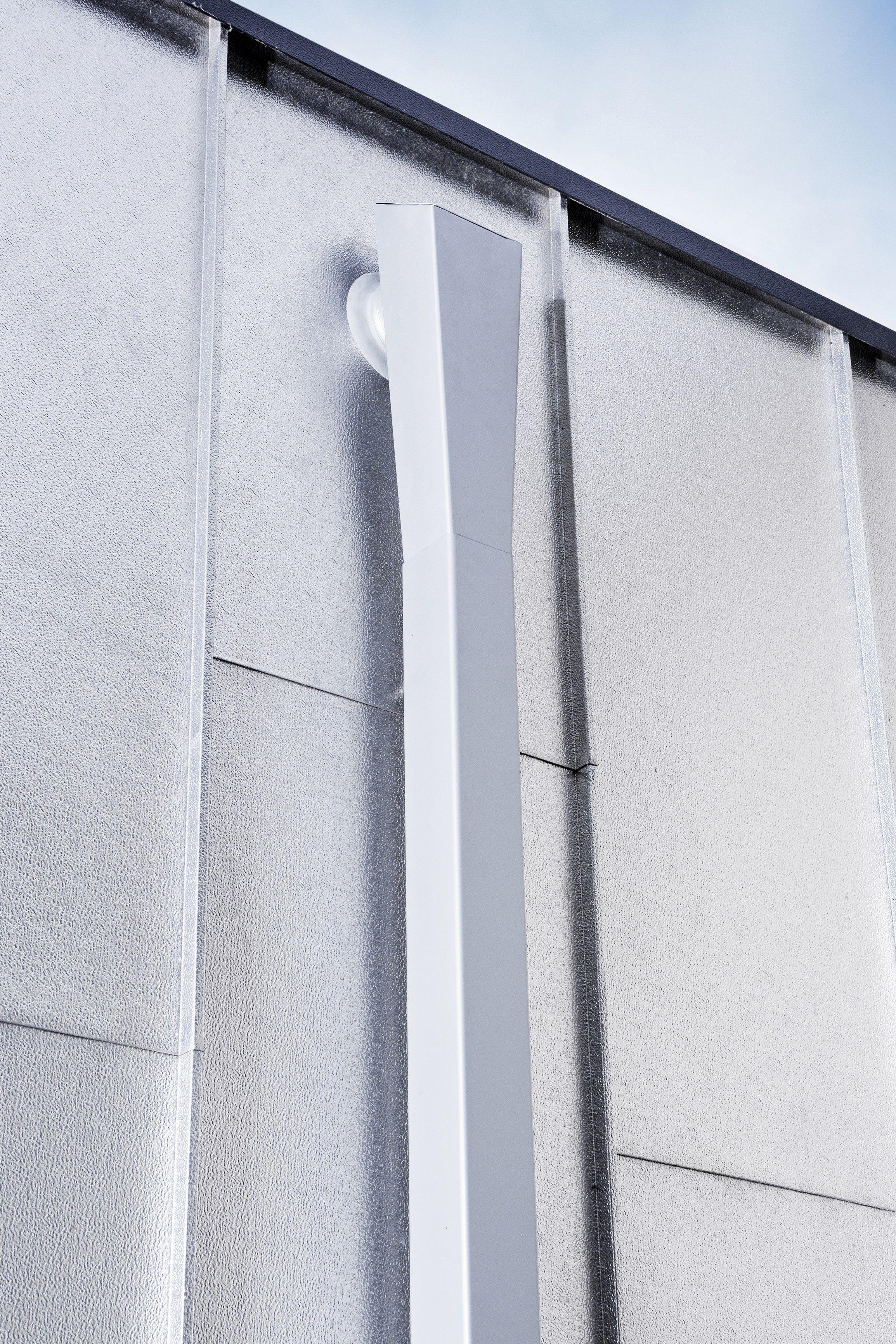 goutti re tuyau de descente en aluminium tuyau de. Black Bedroom Furniture Sets. Home Design Ideas