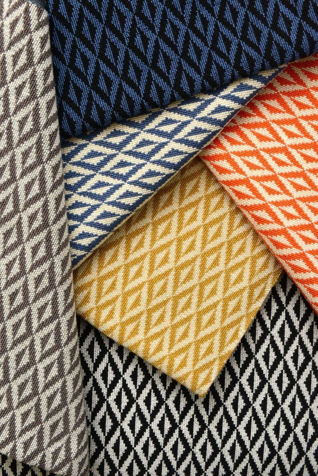 tissu de style vintage motifs graphiques origami by lelievre. Black Bedroom Furniture Sets. Home Design Ideas
