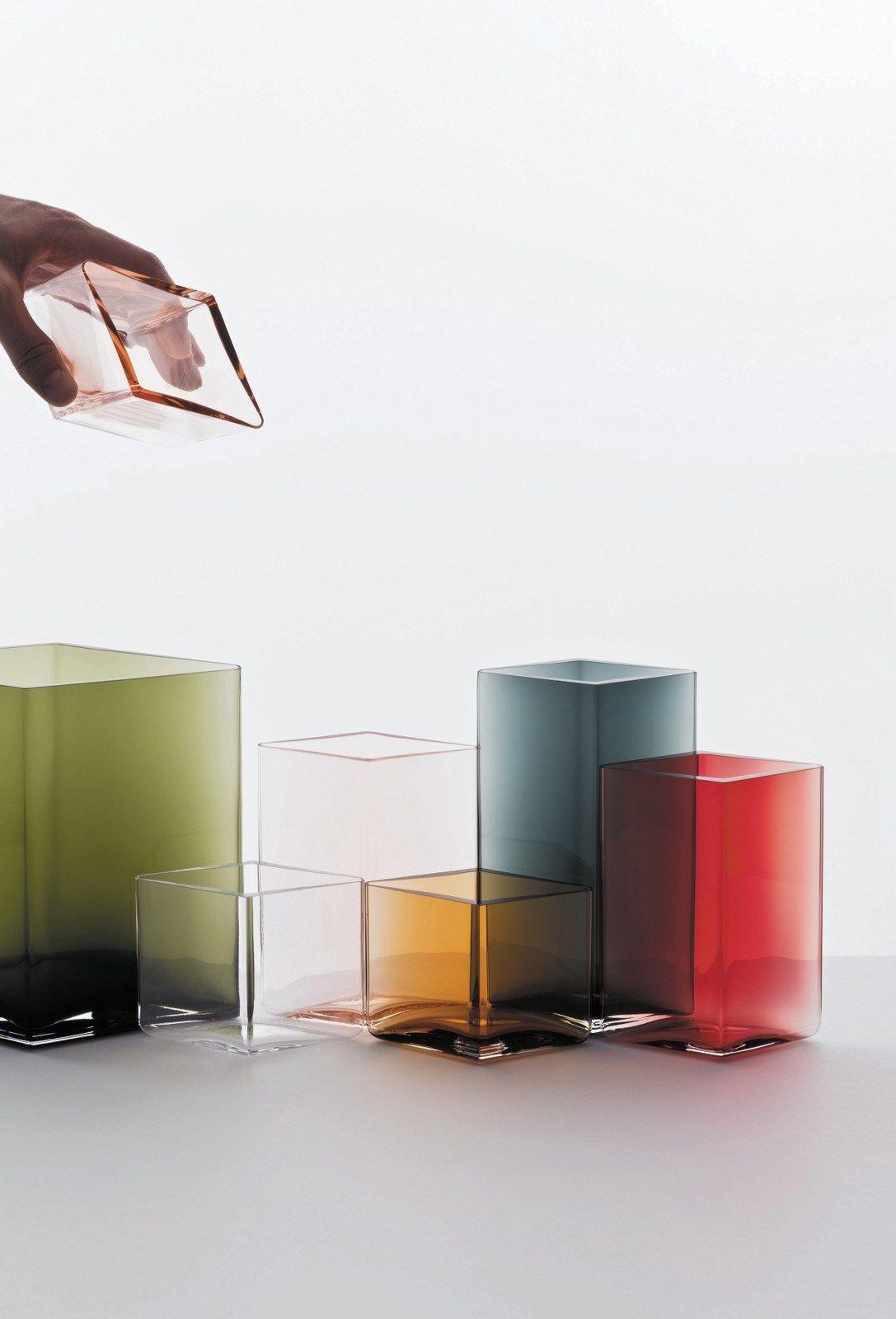 ruutu vase by iittala design ronan erwan bouroullec. Black Bedroom Furniture Sets. Home Design Ideas