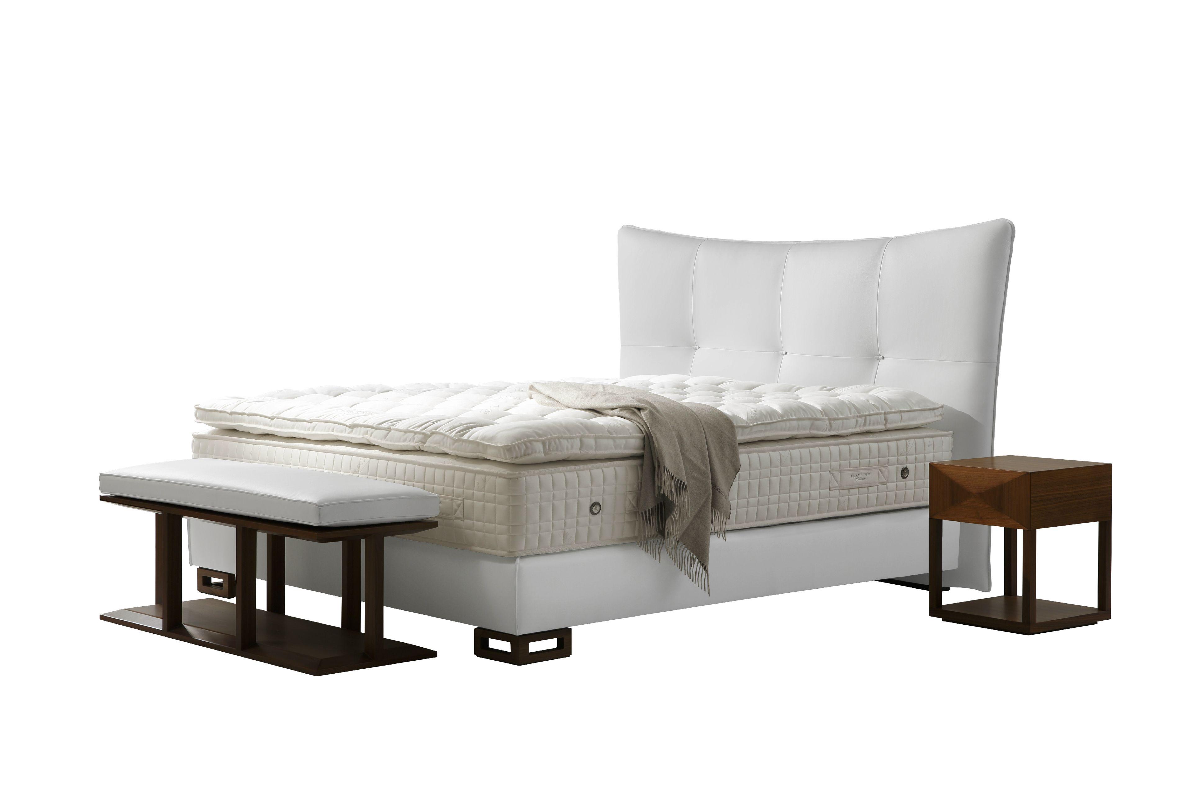 t te de lit haute rembourr e pour lit double stella by treca interiors paris design annette lang. Black Bedroom Furniture Sets. Home Design Ideas