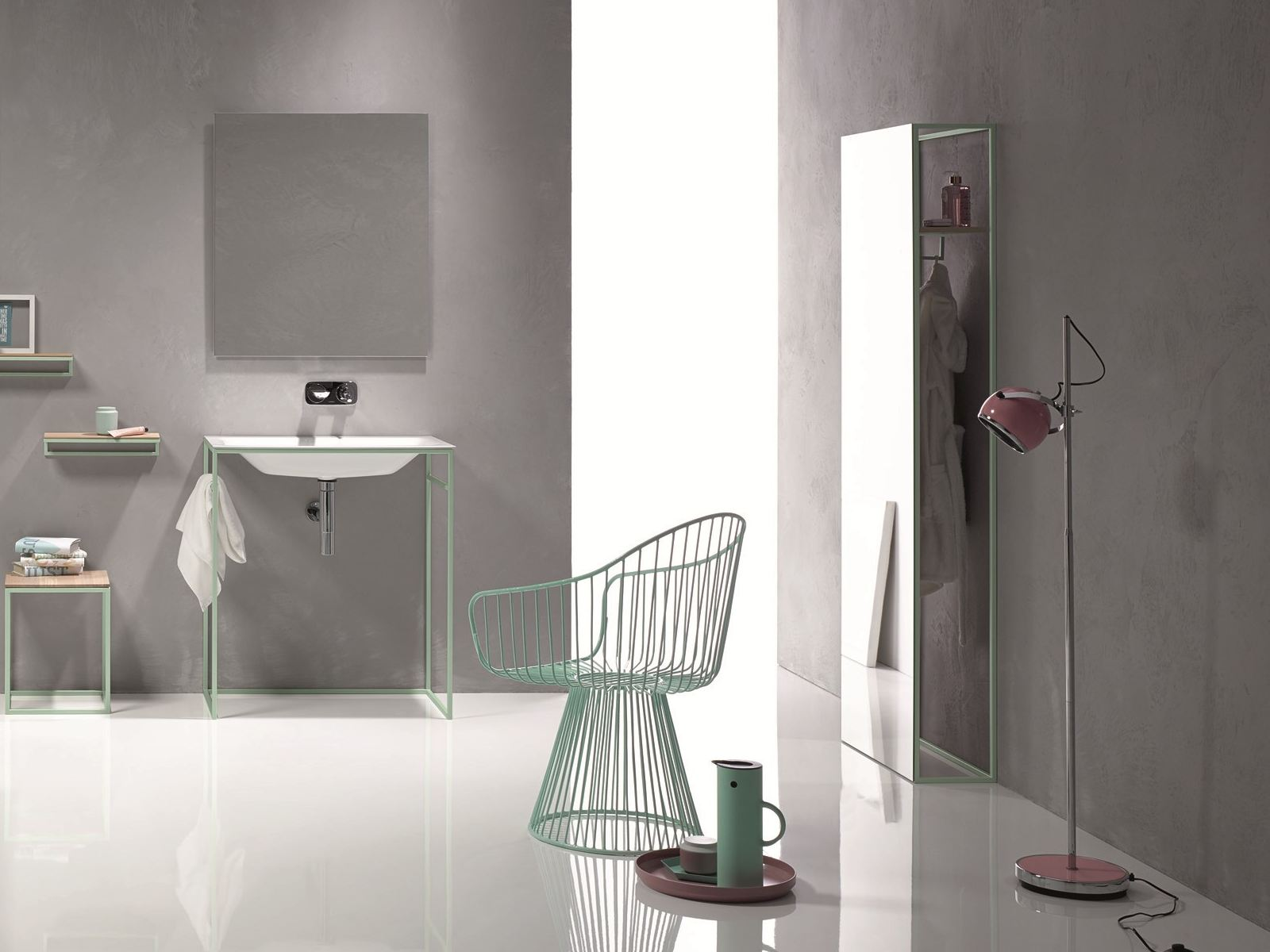 Bettelux shape miroir by bette design tesseraux partner for Bette salle de bain