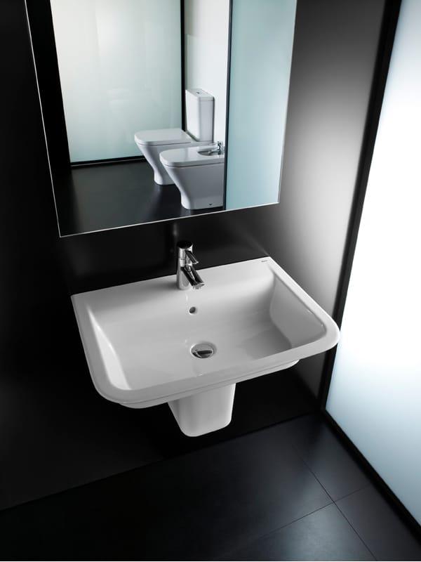 Baño Con Bidet Incorporado:Lavabo rectangular suspendido THE GAP