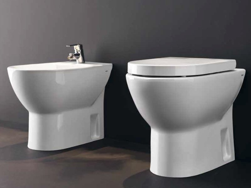Bidet in ceramica collezione tipo by roca design antonio for Roc ceramica