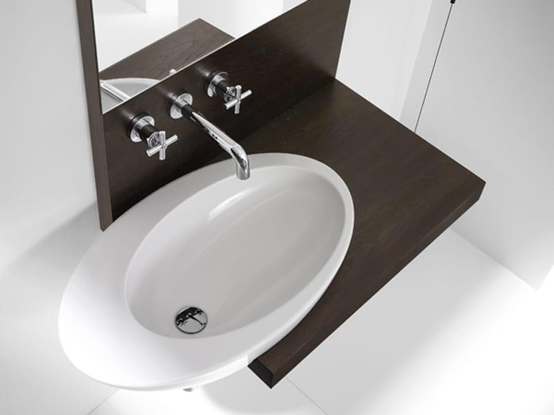 Mueble bajo lavabo suspendido eliptic by roca for Muebles lavabo roca