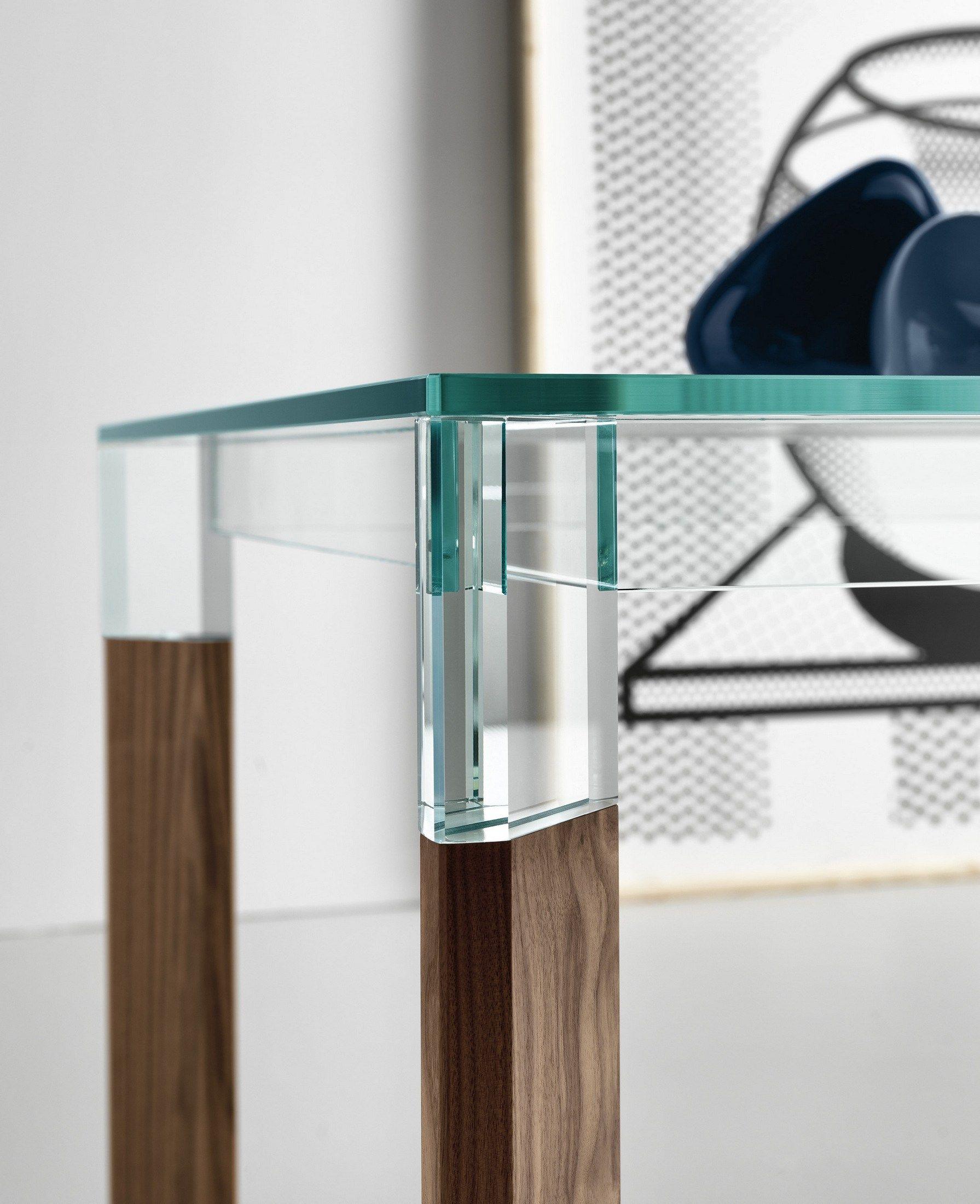 Tavolo da pranzo rettangolare in legno e vetro perseo by t for Tavoli da pranzo in cristallo