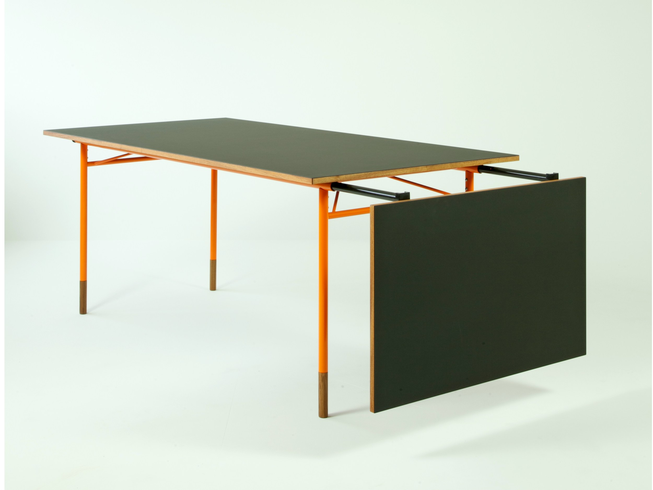 Extending Rectangular Dining Table NYHAVN By Onecollection