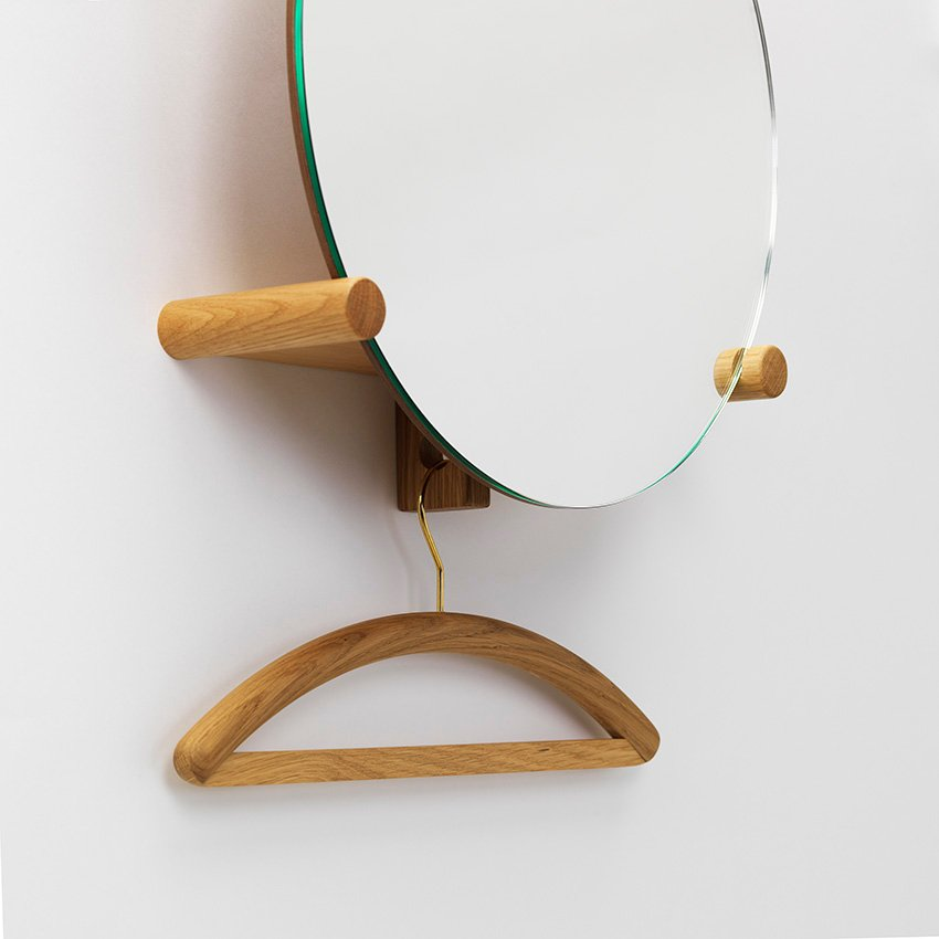 Miroir porte manteau june by zilio aldo c design for Miroir porte