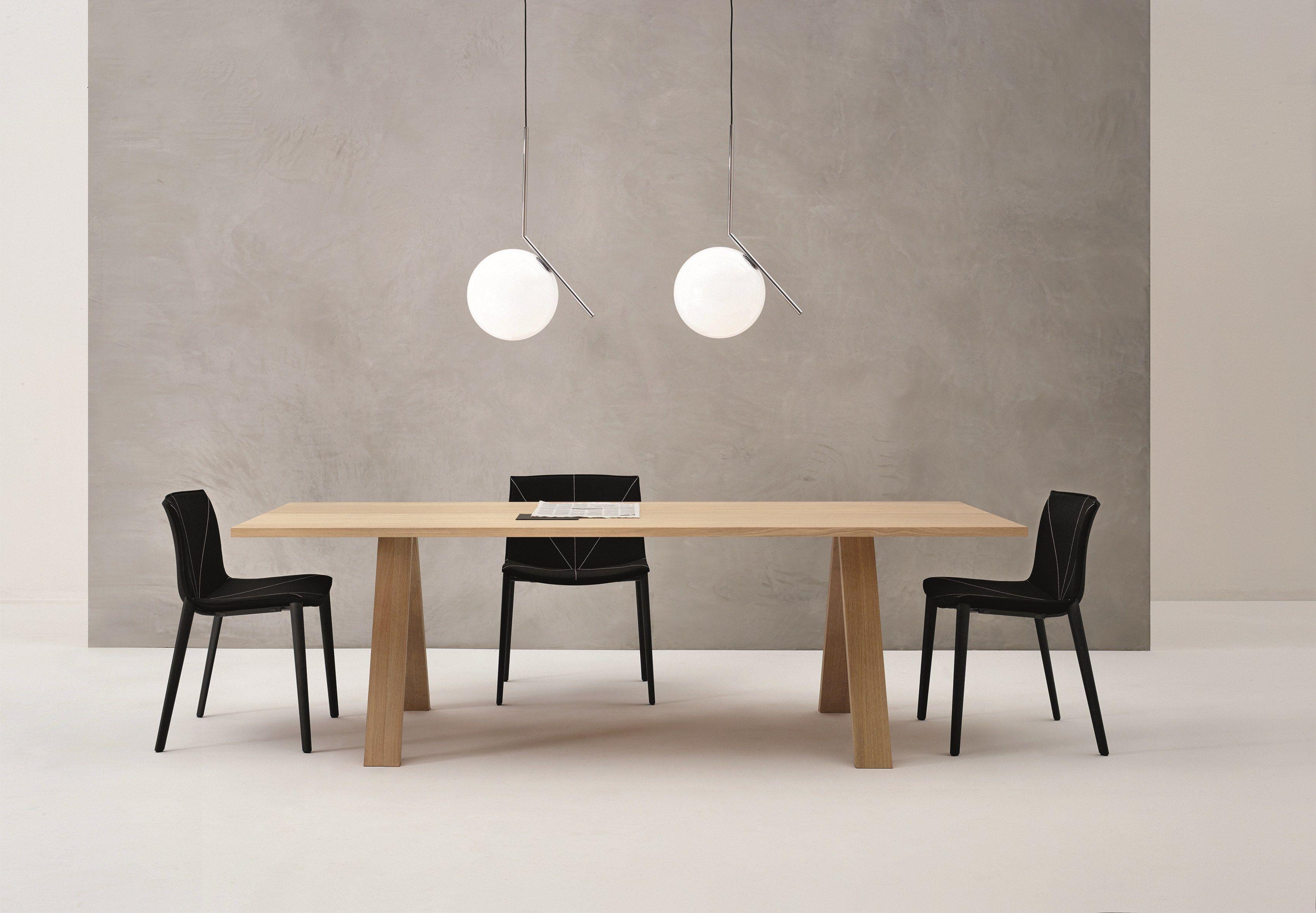 cross  table by arper design metrica bruno fattorini robin rizzini -