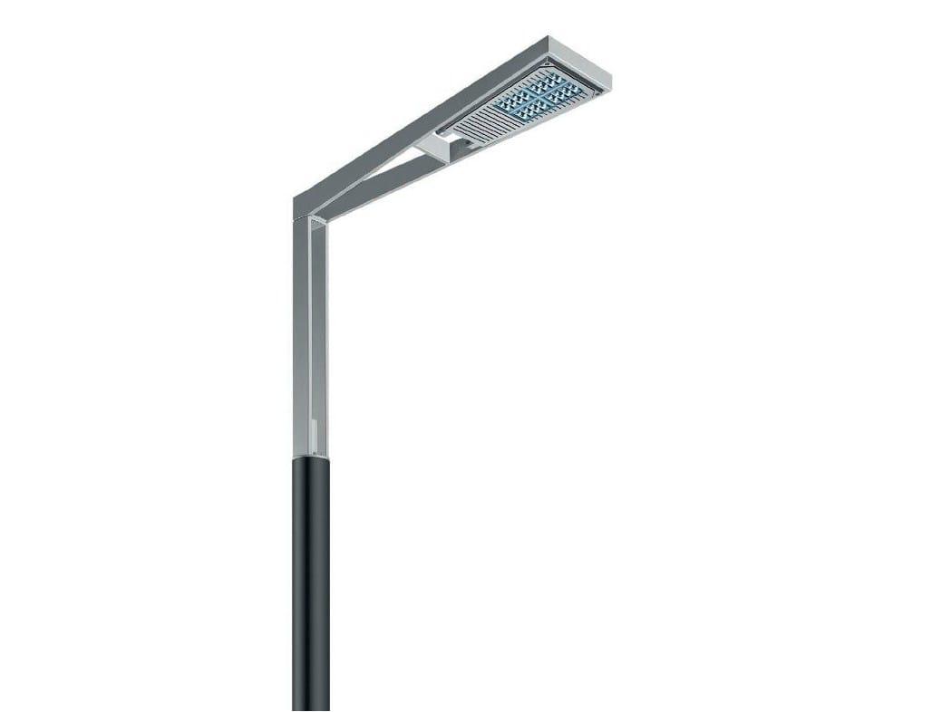 Lampadaire urbain LED iROAD by iGuzzini Illuminazione design Jean Michel Wilmotte