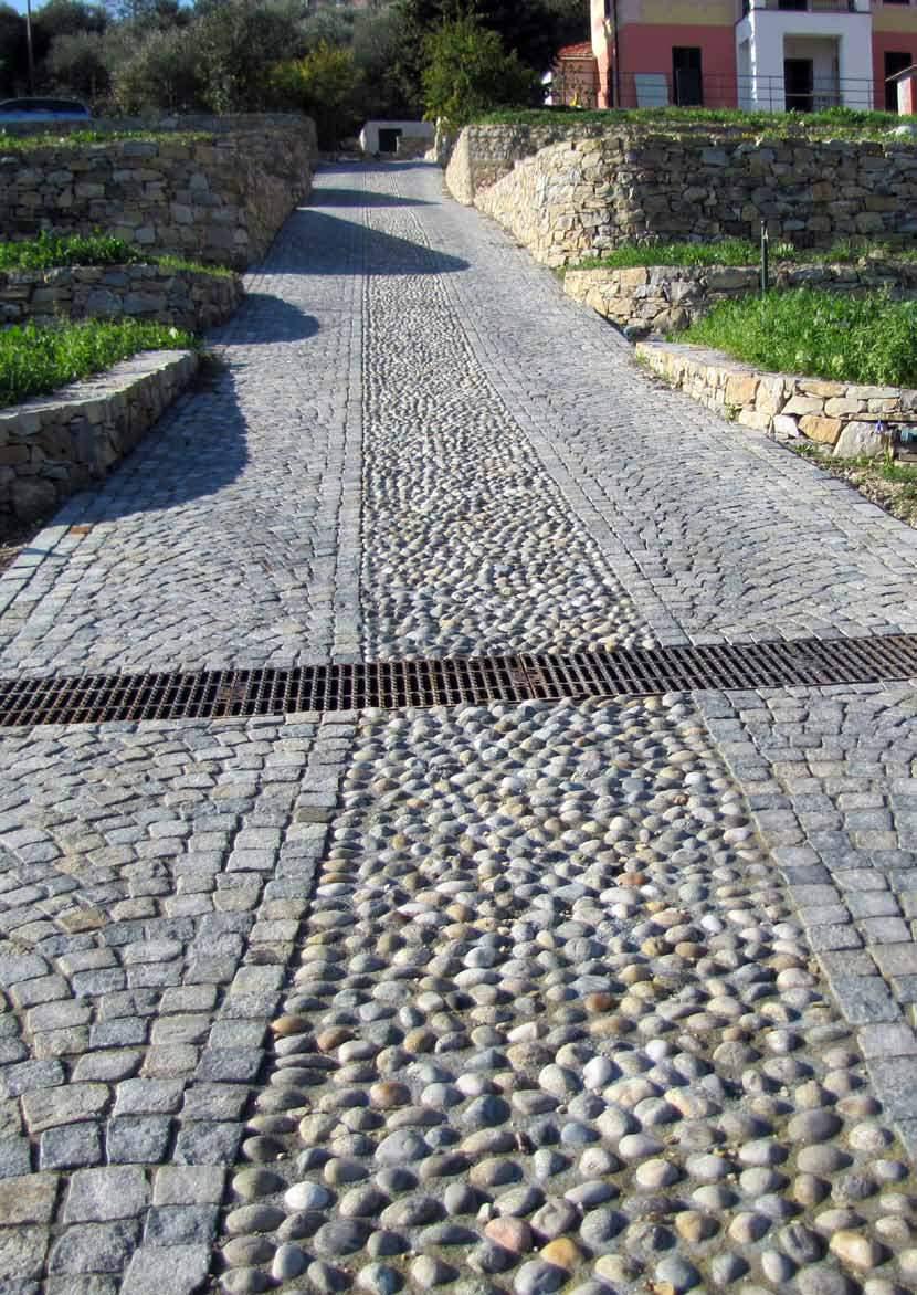 Pavimento per esterni in pietra naturale pietra di luserna - Pavimento in ciottoli esterno ...