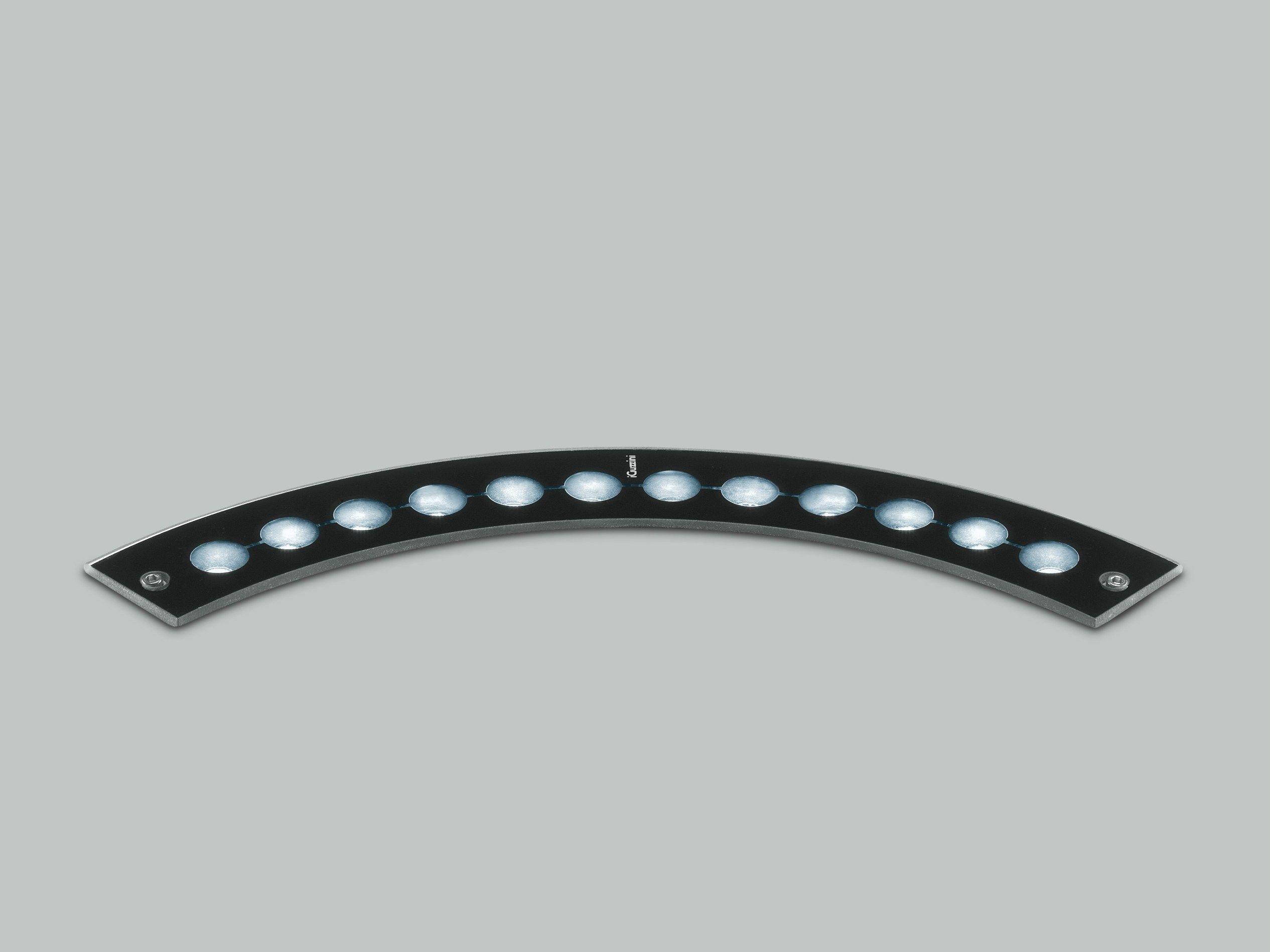 Barra a led componibile per esterni lun up by iguzzini for Illuminazione per esterni led