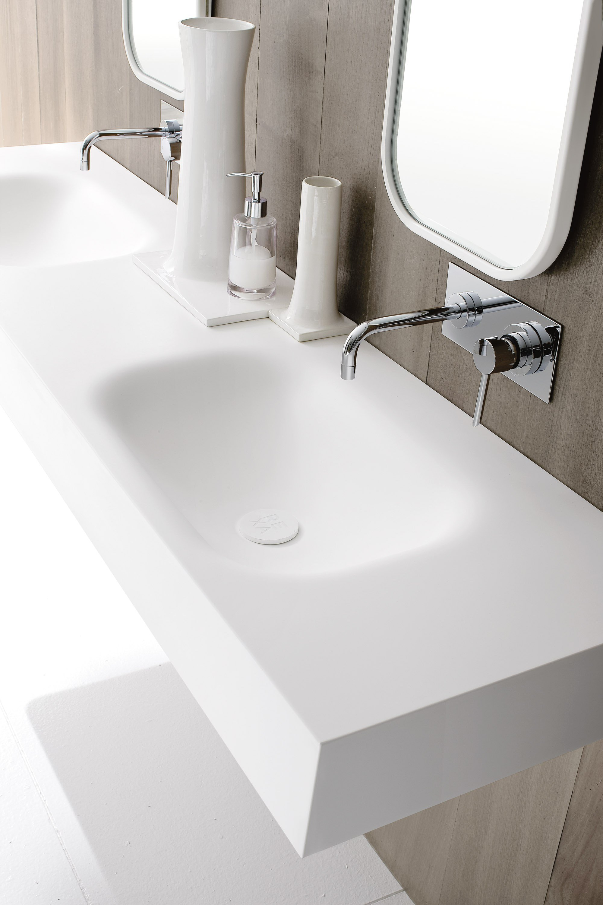 double corian washbasin countertop moode collection by rexa design. Black Bedroom Furniture Sets. Home Design Ideas