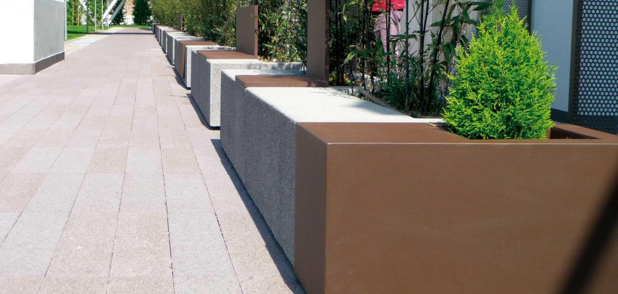Panchina modulare con fioriera integrata mamu metalco for Panchine arredo urbano prezzi