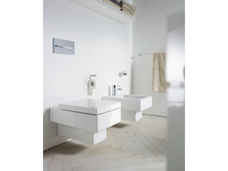 Wall Hung Ceramic Toilet Vero Collection By Duravit Italia