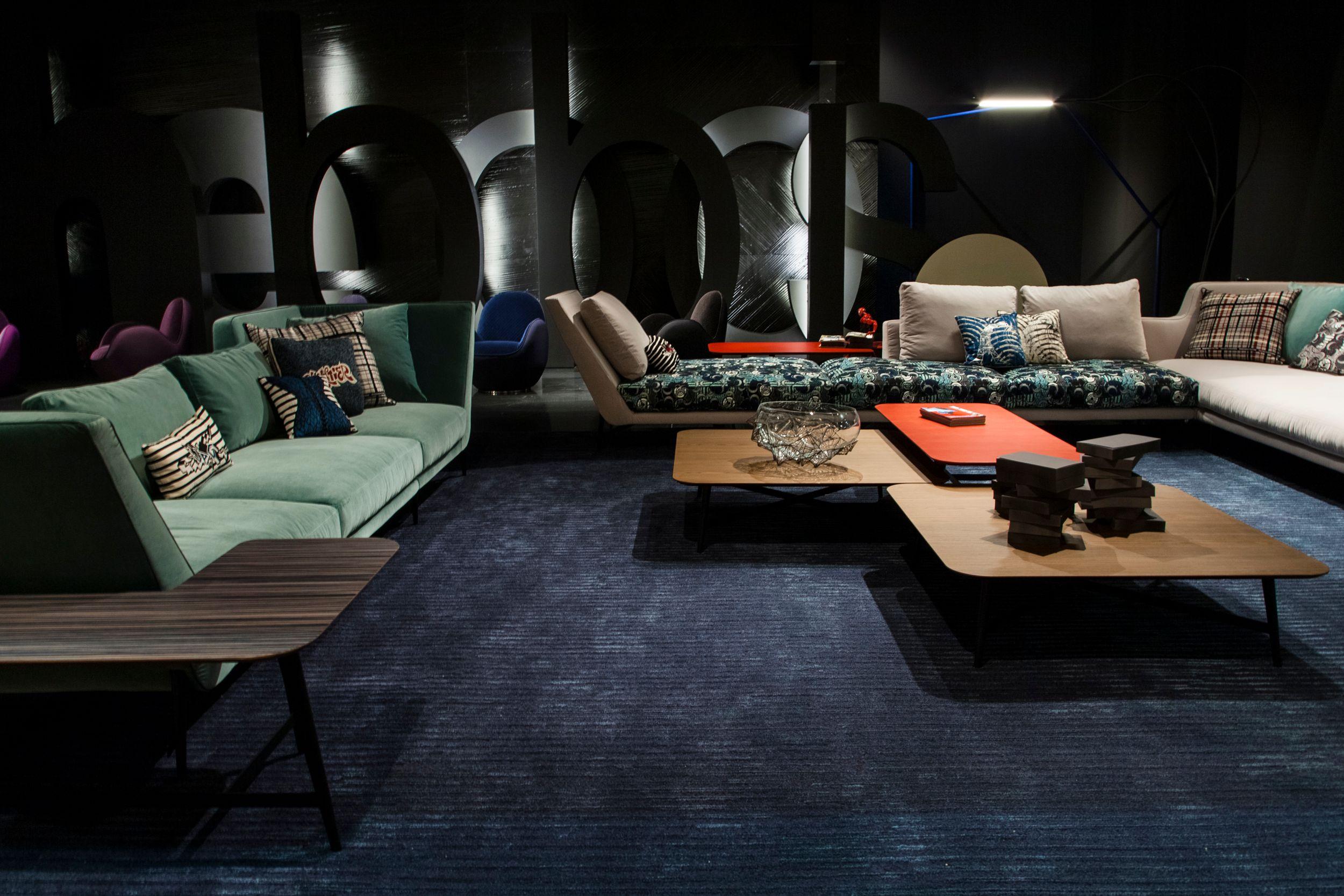 modular fabric sofa atmos by roche bobois design maurizio. Black Bedroom Furniture Sets. Home Design Ideas