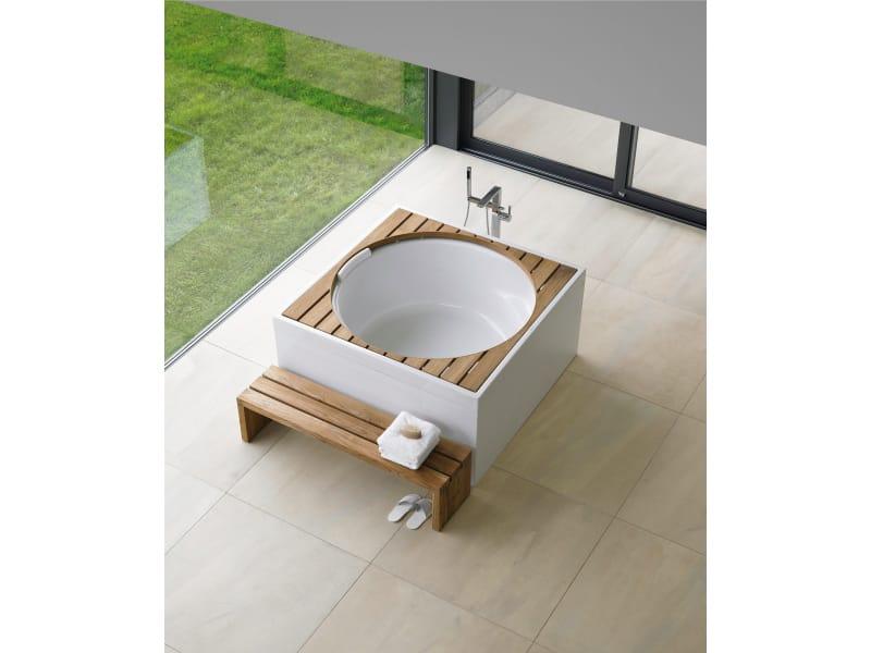 Quadratische Badewanne design außen badewanne