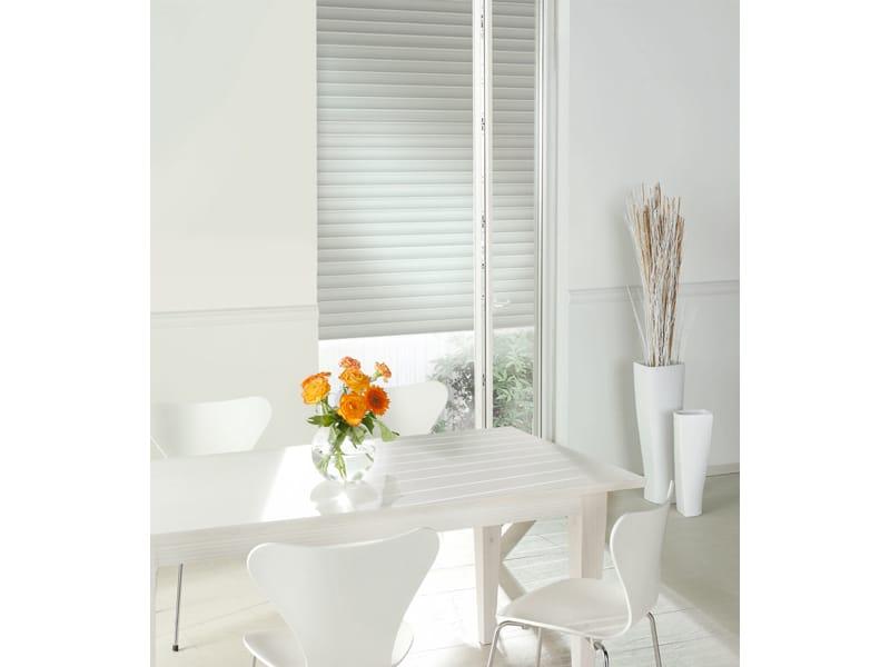 Porta finestra a battente in pvc geneo by rehau - Finestre pvc rehau ...