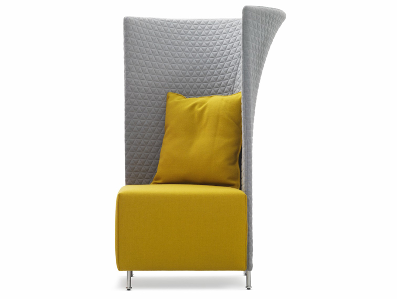 fauteuil oreilles en tissu scene xxl by montis design gijs papavoine. Black Bedroom Furniture Sets. Home Design Ideas