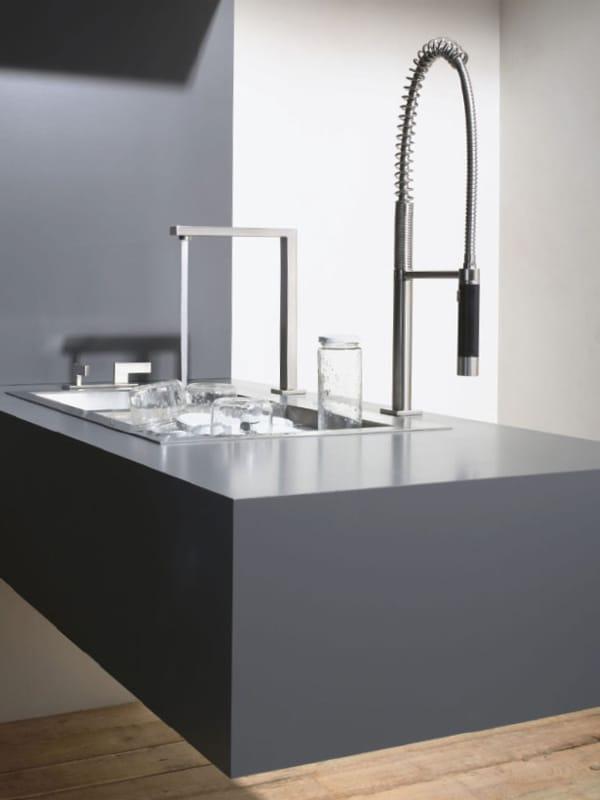 20 830 680 robinet de cuisine avec douchette by dornbracht design sieger design. Black Bedroom Furniture Sets. Home Design Ideas