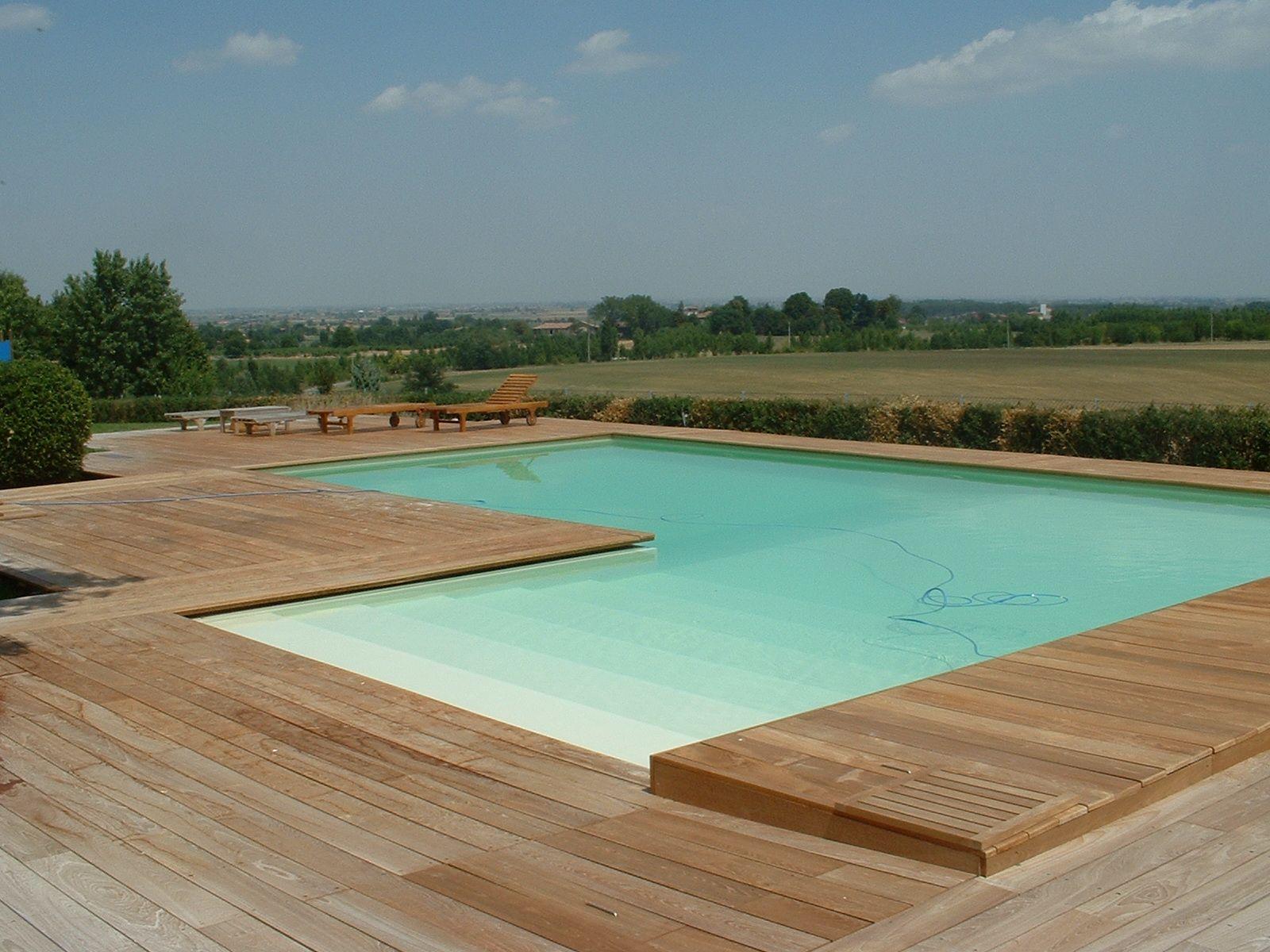 Listoni in legno per pavimenti e rivestimenti teak by for Pavimenti per piscine prezzi