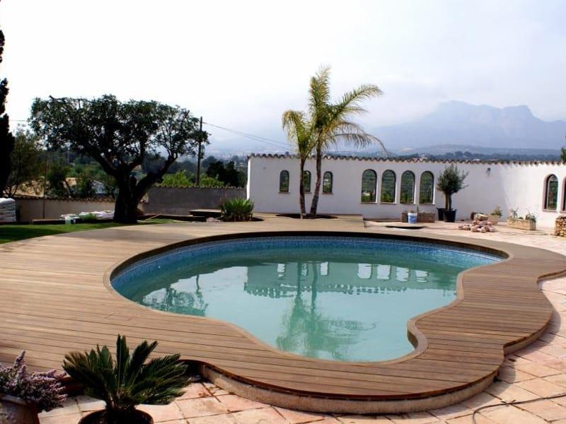 Listoni in legno per pavimenti e rivestimenti kebony fsc for Bordo piscina legno