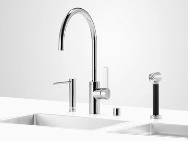 robinet de cuisine avec douchette uni set 3 by dornbracht. Black Bedroom Furniture Sets. Home Design Ideas