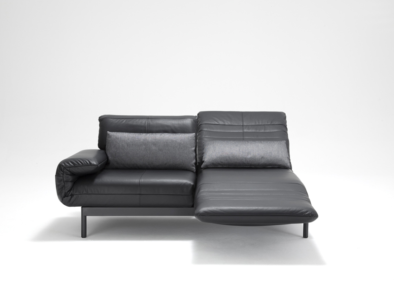 plura sofa aus leder by rolf benz design norbert beck. Black Bedroom Furniture Sets. Home Design Ideas