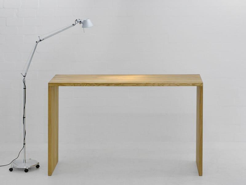 mena schreibtisch by vitamin design. Black Bedroom Furniture Sets. Home Design Ideas