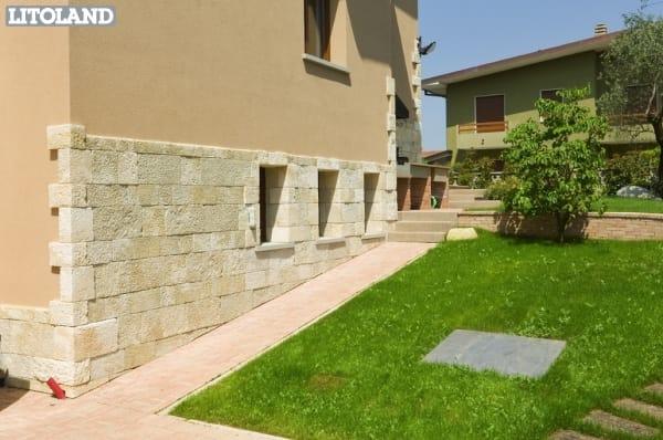 Poblet revestimiento de pared by sas italia aldo larcher - Revestimiento piedra artificial ...