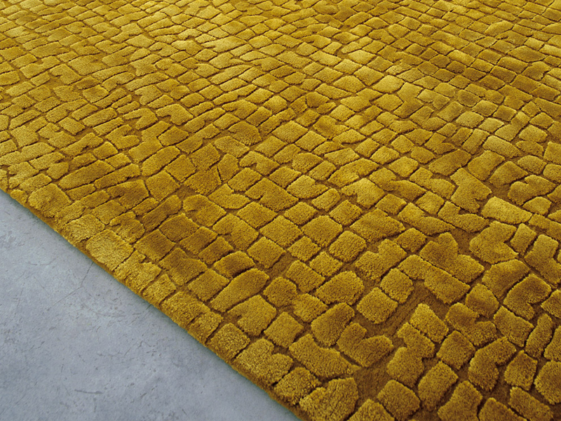 Wool rug with geometric shapes SIGNS by Paola Lenti