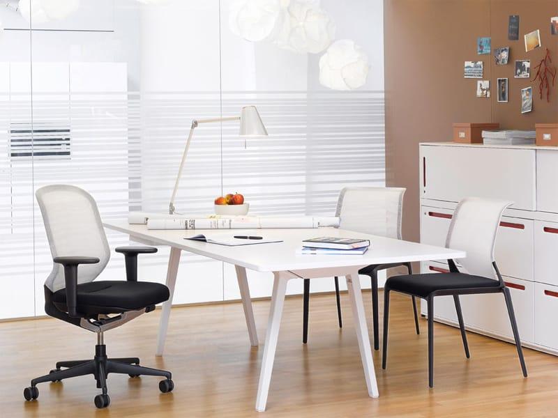 Mobile ufficio basso in mdf con serratura acsu by vitra for Mobile basso ufficio