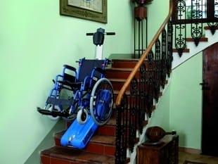 Monte escalier mobile pour fauteuil roulant t09 roby by vimec - Monte escalier pour fauteuil roulant ...