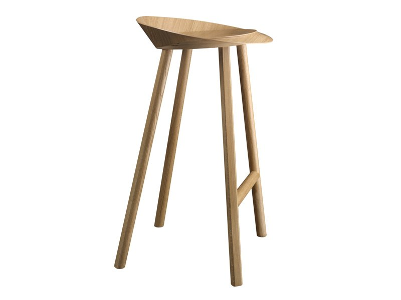 Barhocker aus holz jean by e15 design stefan diez for Barhocker holz