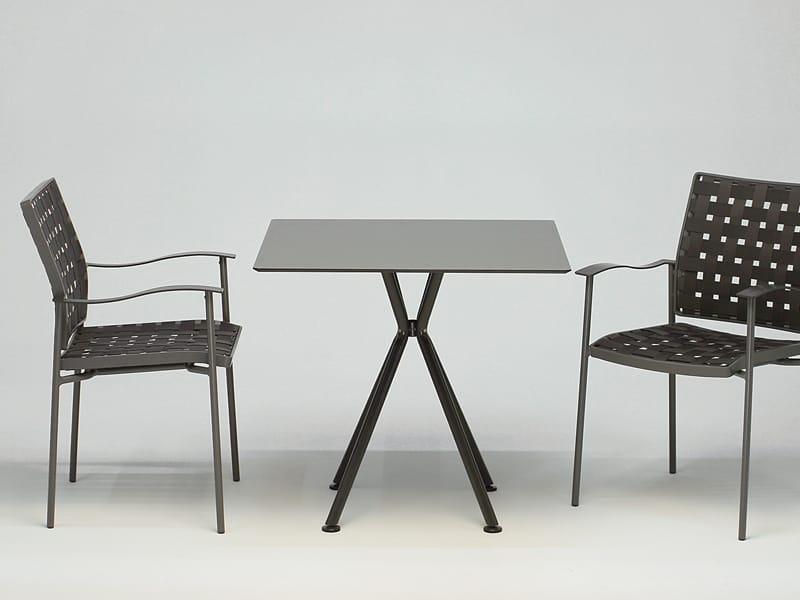 Nizza square table by fischer m bel design martin dettinger for Mobel fischer