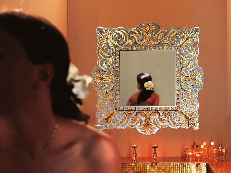 Specchio quadrato con cornice VEREV GOLD by Sicis