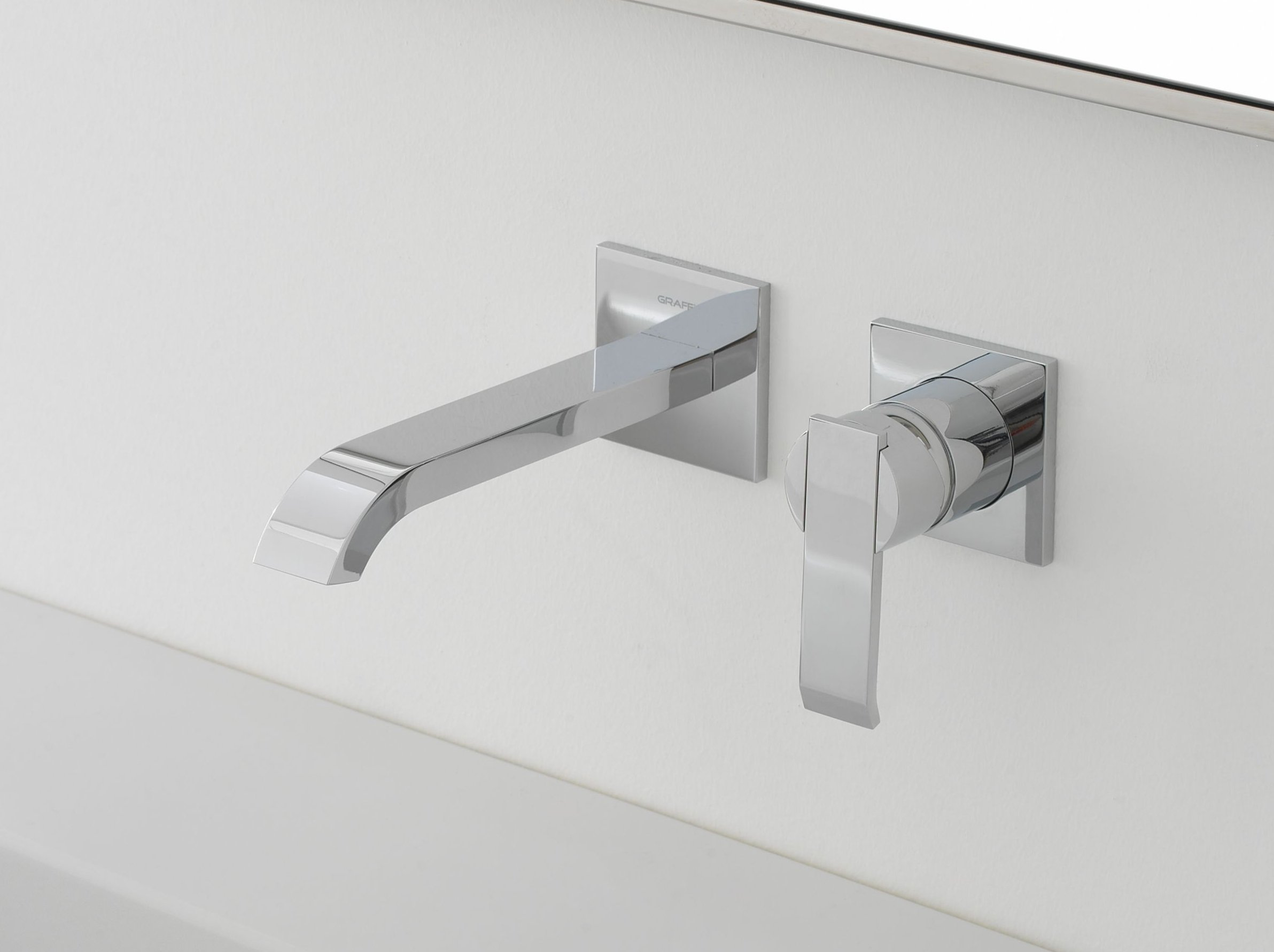 Qubic rubinetto per lavabo a muro by graff europe west for Rubinetto bagno a muro