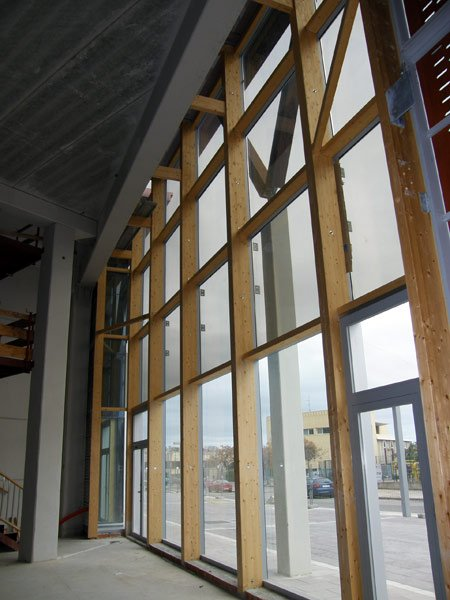 Integrated structural system in timber laminated wood